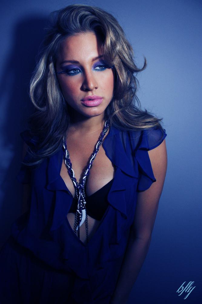 necklace blues